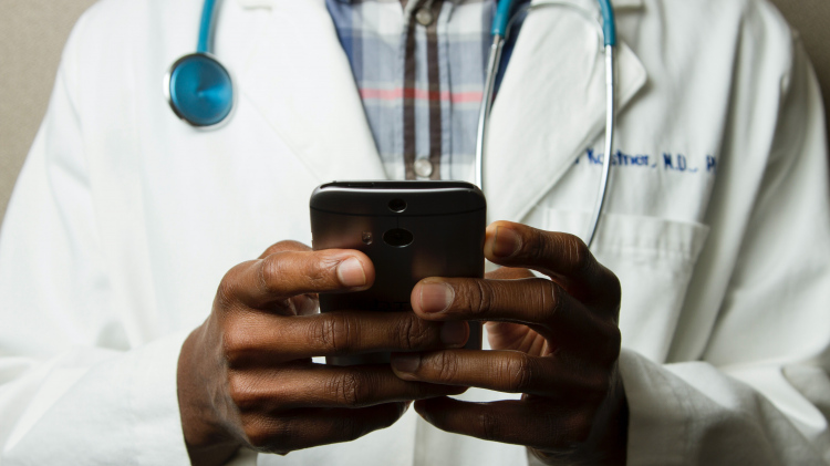 CMS Expands Medicare Coverage for Telehealth Services